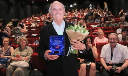 Карлос Саура и Стивен Фрирз получили награды за вклад в мировой кинематограф