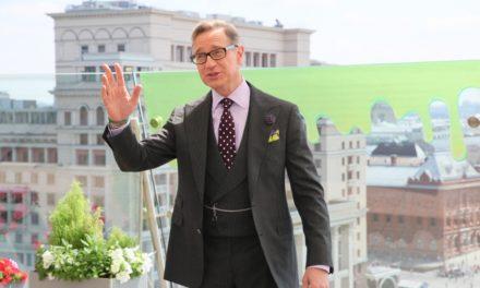 Пол Фиг привёз в Москву привидений