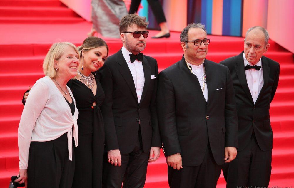 Церемония закрытия 39-го Московского Международного кинофестиваля (фоторепортаж)