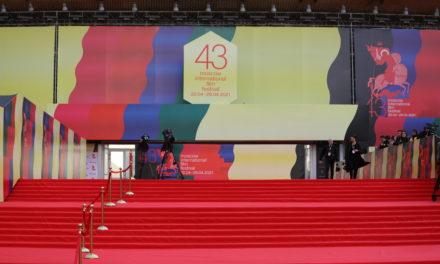 Председатель жюри Основного конкурса Брийянте Мендоса не смог прилететь в Москву